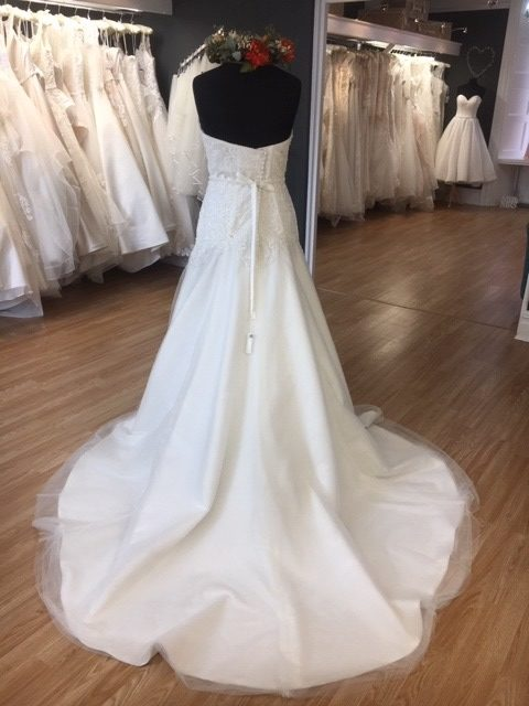 Image 3 for Amore Sunderland, Bridal Gowns to go. Lucy. Size 16, £460.