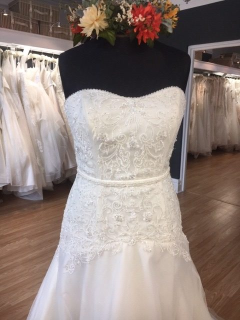 Image 1 for Amore Sunderland, Bridal Gowns to go. Lucy. Size 16, £460.
